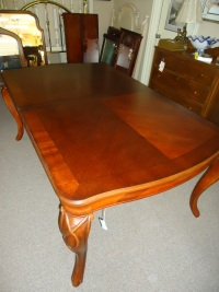 Bordeaux Dining Room Table